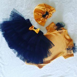 Mustad & Black Vintage Skirt Set